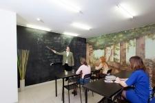 Целая грифельная стена для обучения